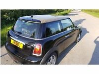 Black Mini One 1.4 petrol hatch with pepper pack