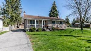 Beautiful 3 bedroom upper level bungalow available Aug 1