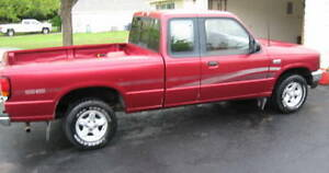 FOR PARTS:  1996 Mazda B3000 Pickup Truck extended cab