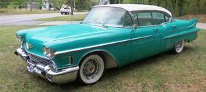 Cherche mags en broches Cadillac Antique