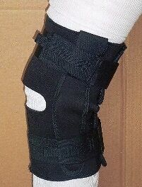 SALE OF THESE TOP QUALITY New IN PACKAGE KNEE BRACES