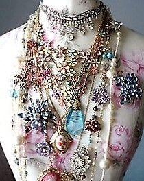 Vintage Jewels & Rare Collectibles