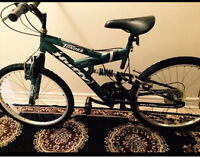 """Vélo de montagne en aluminium 24"""" et 21 vitesse"""