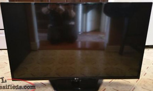 "LG 42"" Full HD Direct LED Widescreen HDTV"