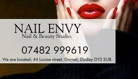 Nail tech vacancy or trainee.