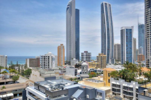 Room share (Female or Couple) Surfers Paradise Gold Coast City Preview