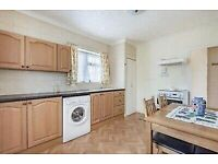 Double Room to Rent in a Shared House in Frobisher Crescent, Staines-upon-Thames TW19