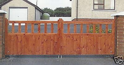 Pinewood garden gate 6' w x 3' h