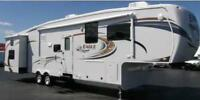 LUXURY CAMPING - 40FT FIFTH WHEEL FOR RENT