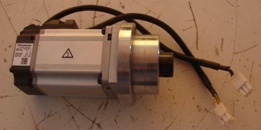 Panasonic MHMD022P1U AC Servo Motor Input 30AC