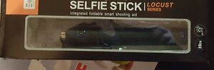 Bluetooth Extendable Selfie Monopod Stick! Iphone/Samsung