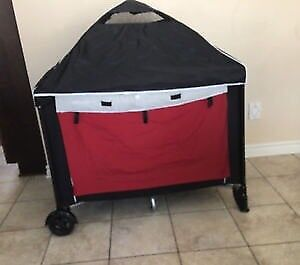 Eddie Bauer travel Playpen