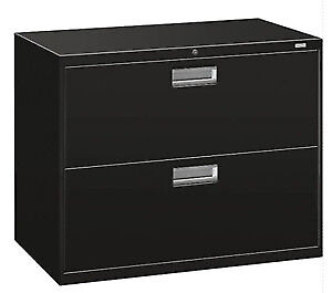 Filing cabinet, lateral two drawer