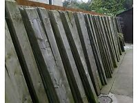 220 lengths of 6ft fence panels £ 1 each