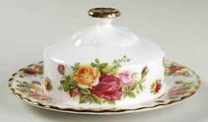Royal Albert Old Country Roses and Val D'Or