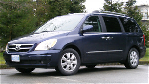 2008 Hyundai Entourage Limited