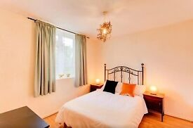 *STREATHAM* - DOUBLE STUDIO - NR STATION- 1 WEEK ADVANCE + 2 WEEK DEPOSIT ONLY - ALL INCLUSIVE