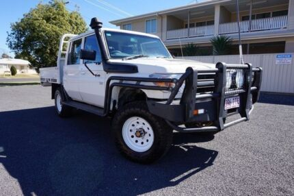 2013 Toyota Landcruiser VDJ79R MY13 Workmate Double Cab French Vanilla 5 Speed Manual Cab Chassis Dalby Dalby Area Preview