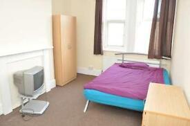 9 bedrooms in Kilburn high rd 239, NW6 7JN, London, United Kingdom