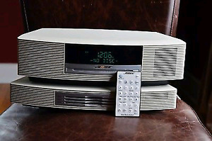 Bose Audio system (CD, mp3, alarm, auxiliary) + changer