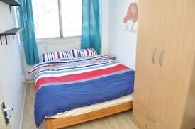 **CHALK FARM** Double room available NOW! 5min from the station!!