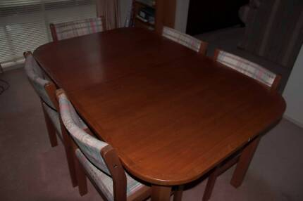 Solid Timber Extendable Table And Chairs