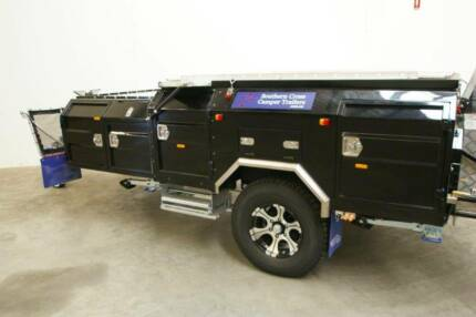 SOUTHERN CROSS CAMPER TRAILERS BLACK PEARL 240/12V TRAILER.