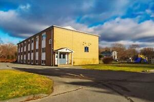 Herring Cove and Autumn: 5 Forbes Street, 1BR