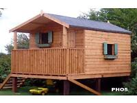 CHILDREN'S WOODEN OUTDOOR TREEHOUSE/PLAYHOUSE/BUILDERS OF KIDDIES PLAYHOUSES