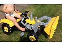 Kids ride on jcb tractor