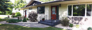 Updated 3 Bdrm Ranch Bungalow in Roland