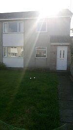 2 Bedroom, 1st floor flat. £550 pcm. Long lease saught. Excellent order. Gas C.H.Close to schools.