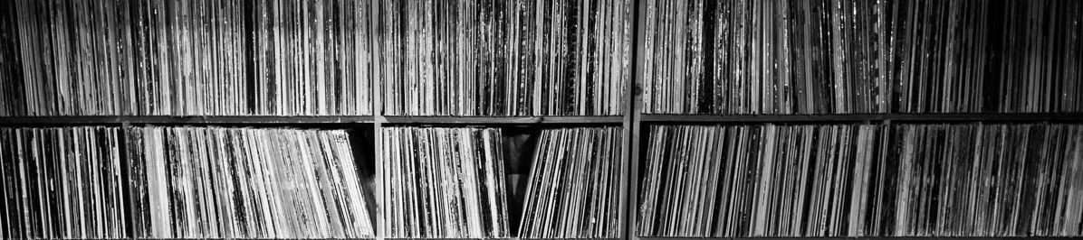 Isfan Vinyl Addict