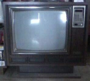 Télévison vintage Saguenay Saguenay-Lac-Saint-Jean image 1