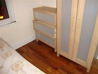 Modern studio flat Wood Green n22 self contain KITCHEN own bath 139 per week