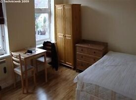 !!!!!!!!!Large double studio flat to rent- in Cricklewood area !!!!!!