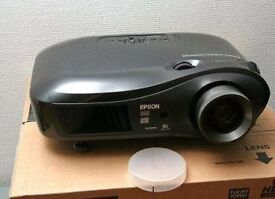 Immaculate Epson Full HD 1080P projector with new lamp!