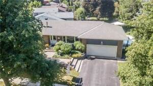 37 Tower Cres