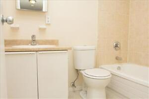 Huron and Adelaide: 945 and 955 Huron Street, 1BR London Ontario image 11