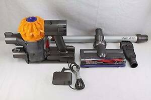 Dyson V6 Slim Cordfree Vacuum Cleaner - Used once! Endeavour Hills Casey Area Preview