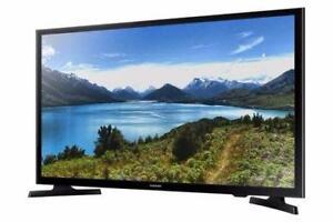 """LED 32"""" 720P Smart Samsung ( UN32J4500 )"""