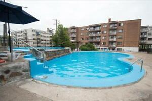 Blvd Jules Poitras and Blvd Thompson: 325 - 415 Cote Vertu, 3BR West Island Greater Montréal image 5