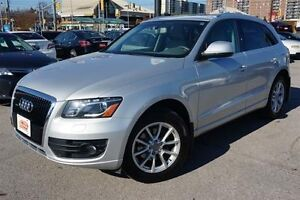 2010 Audi Q5 3.2,AWD,ALLOY, LEATHER WITH PANO SUNROOF
