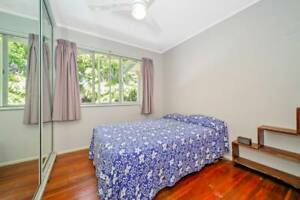 Relaxed household, easy going, long-term, private garden Lawnton Pine Rivers Area Preview