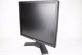 "Dell E197FPb 19"" LCD Monitor With Power & VGA Cables"