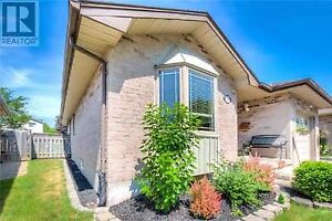 Beautiful White Oaks bungalow with attached single car garage