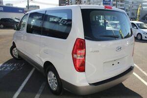 2016 Hyundai iMAX TQ Series II (TQ3) White 5 Speed Automatic Wagon