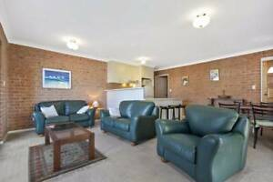 *BARGAIN* all holiday rental furniture must go!! Batemans Bay Eurobodalla Area Preview