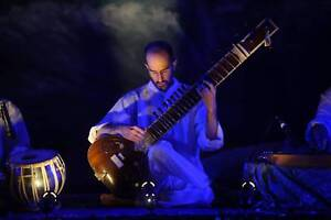 Sitar Performer in Melbourne. Coburg Moreland Area Preview