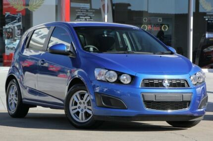 2015 Holden Barina TM MY16 CD Blue 6 Speed Automatic Hatchback